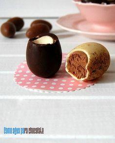 COMO AGUA PARA CHOCOLATE: HUEVOS DE PASCUA RELLENOS DE MOUSSE DE CHOCOLATE.