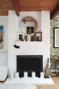 white brick mantle in bay area home. / sfgirlbybay - Home Decor Styles Living Room Inspiration, Home Decor Inspiration, Home Living Room, Living Spaces, Fireplace Design, Brick Fireplace, Interior Exterior, My Dream Home, Bay Area