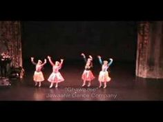 A Mahmoud Reda influenced Ghawazee dance.