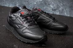 Reebok Classic Leather Black  Carbon  Red на отлична цена 148 лв купете в  Footshop a6d2435fd7