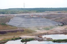 Die Sondermüll-Deponie im ehemaligen Tagebau Hürth-Knapsack (Archivbild)