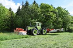 Agriculture, Farming, Tractor Machine, Outdoor Furniture Sets, Outdoor Decor, Heavy Equipment, Country Living, Crane, Mercedes Benz