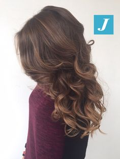 Buongiorno da CDJ! #cdj #degradejoelle #tagliopuntearia #degradé #igers #musthave #hair #hairstyle #haircolour #haircut #longhair #ootd #hairfashion