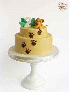 Birthday cake w. baby Lion King