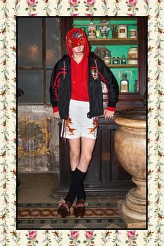 Alessandro Michele unveiled his pre-Fall 2017 collection for Gucci.