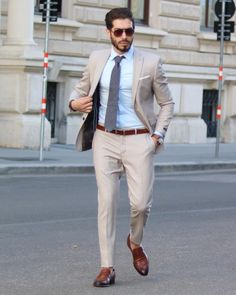Check out this sophisticated day time look including a cream suit and charchoal necktie. Mens Fashion 2018, Indian Men Fashion, Mens Fashion Suits, Fashion Vest, Formal Dresses For Men, Formal Men Outfit, Blazer Outfits Men, Stylish Mens Outfits, Blazer Suit