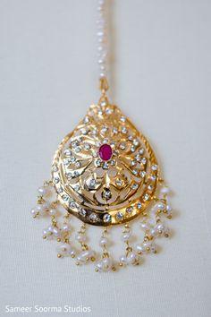 indian bridal jewelry http://www.maharaniweddings.com/gallery/photo/70806