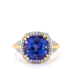 A charming Ring from the Lorique collection, made of 18k Gold featuring 7.40cts of of glorious AAA Tanzanite and dazzling Diamonds.