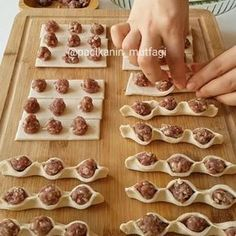 56 Gorgeous from Each Other of Homemade Pastries, Easy Food Decorations - Delicious Food Kids Donut Recipes, Cake Recipes, Cooking Recipes, Sausage Bread, Homemade Pastries, Snacks Für Party, Arabic Food, Food Art, Kids Meals