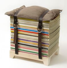 think i'll be making some of these for magazine storage/extra seating.  a 2 for 1!