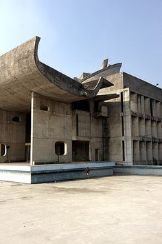1955 | Le Corbusier | Palace of Assembly, Chandigarh, India