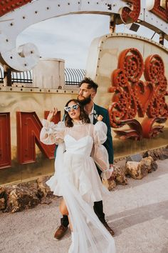 This mini wedding dress is perfect for an edgy bride looking to do something different for her wedding day | Image by Jordan Jankun Photography Wedding Blog, Wedding Day, Mini Wedding Dresses, Neon Museum, Bride Look, Elopement Inspiration, Bridal Fashion, Bridal Style, Something To Do