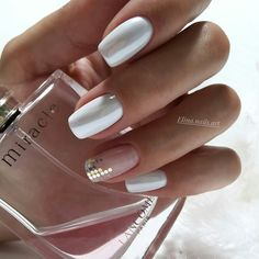 Pretty pink and white nail art Gorgeous Nails, Love Nails, My Nails, Nail Swag, White Nails, Pink Nails, Nagellack Trends, Manicure Y Pedicure, Pretty Nail Art