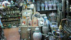 Cerámicas en zoco de Tanger, Marruecos