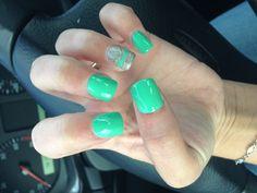Fresh nails. Obsessed.