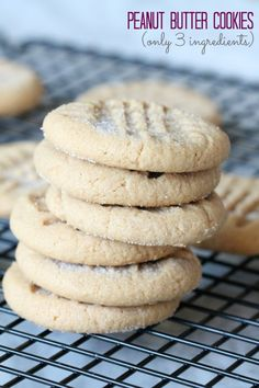 Peanut Butter Cookies Recipe! Easy Cookie Recipe for the Holidays! This is a family favorite recipe!