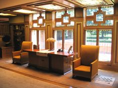 Ch 18 Shingle Style and American Arts and Crafts: Meyer May House interior Playhouse Decor, May House, Craftsman Style Homes, Mid Century House, Living Room Art, Beautiful Interiors, House Design, Interior Design, Lloyd Wright