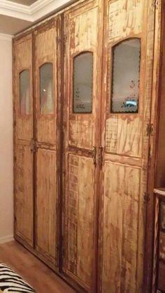 Roupeiro em madeira de demolição