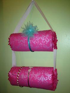 headband storage | Headband holder. | Crafts I would Love to have a reason to do...