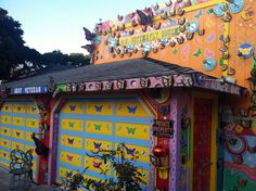 Read the story behind the Pacific Grove Butterfly House.  Click the image to go to my blog post.