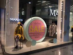 easycomgroup.it | @maxandco | vetrine | saldi autunno inverno | sale | moda donna | fashionable woman