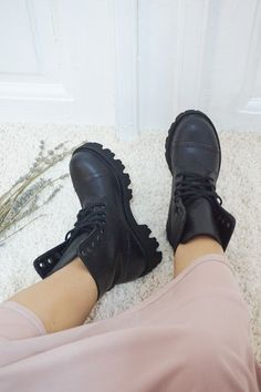 All Black Sneakers, Boots, Handmade, Fashion, Crotch Boots, Moda, Hand Made, Fashion Styles, Shoe Boot