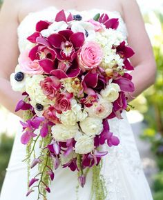 30 Wedding Flower Ideas Brighten Your Big Day: http://www.modwedding.com/2014/10/15/30-wedding-flower-ideas-brighten-big-day/ Photography: Mike Larson