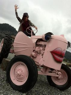 Pink Tractor-ish thing... This would so be mine if we had a farm! Lol