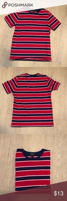 9fb87b908 Men's FOREVER 21 Striped t-shirt This is a lightly used striped men's t-