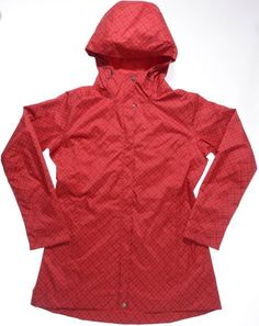Whether you're caught in a light drizzle or in a full on nor'easter, the Women's Columbia Rain Squeeze Jacket provides maximum protection from the elements.