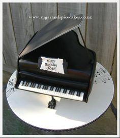 Baby Grand Piano cake www.sugarandspicecakes.co.nz