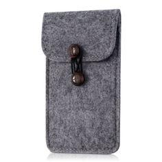 kwmobile Edle Filztasche mit Knöpfen für Smartphones in Grau
