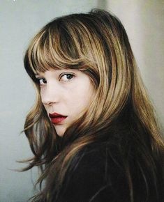 liking this hair with the shaped fringe and highlights/lowlights