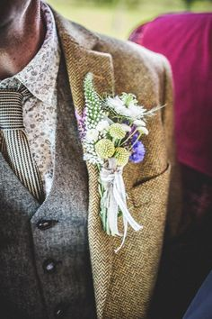 Colourful Camping Festival Country Fair Wedding - Weddbook Country Fair Wedding, Festival Camping, Wedding Suits, Floral Tie, Floral Lace, Wedding Outfits, Suits, Bridal Dresses