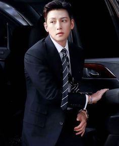 Ji Chang Wook Smile, Ji Chan Wook, Korean Celebrities, Korean Actors, Fabricated City, Empress Ki, Suspicious Partner, Dong Hae, Action Film