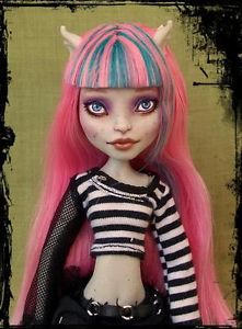 Rochelle Gothic OOAK Monster High Repaint by Soraya | eBay