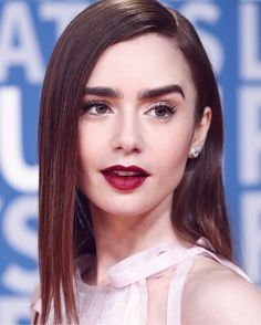 Lily Collins wore a Prada blush silk georgette tie neck cocktail dress accented with rows of micro beaded fringe to the 2018 Breakthrough Prize ceremony (III) Lilly Collins Makeup, Lily Collins Eyebrows, Lily Collins Hair, Beautiful Celebrities, Human Hair Wigs, Wig Hairstyles, Makeup Looks, Hair Makeup, Hair Beauty