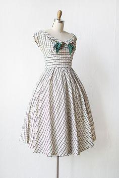vintage 1950s white graph print party dress SOOPERTY