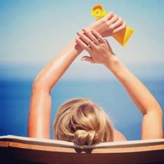 Beauty Tag: Sunscreen. #sun causes premature signs of aging, nasty red burns, and let's not forget—it's a major source of skin cancer. Apply your suncreen and be #ageless #sunshine #aveseena #clean #safe #nontoxic #hfree #skincare #organic #natural #crueltyfree #safeskincare #safecosmetics #chemicalfree #noparabens #beauty