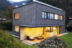 Tirolia Blockhaus Holzhaus Design als Würfel