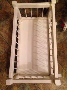 Spindle Vintage White Wooded Rocking Baby Doll Crib Or Cradle