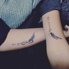 Feder Tattoo Auf Dem Unterarm 01 Tattoo Tattoos Feather Tattoos