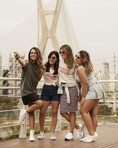 Como você aproveita o verão? A @cea_brasil fez essa pergunta pra 6 clientes de vários cantinhos do Brasil. A @tatycorreaoficial é de São Paulo e mostrou que pra ela o típico verão paulista tem muita diversão na piscina e amigas reunidas. O look? vestidos fresquinhos blusas estampadas saias shorts e sapatos cheios de conforto e personalidade! #promoglamour  via GLAMOUR BRASIL MAGAZINE OFFICIAL INSTAGRAM - Celebrity  Fashion  Haute Couture  Advertising  Culture  Beauty  Editorial Photography…