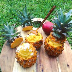 uper easy Pineapple, Mango and Coconut Sorbet  Recipe Type: Dessert Prep time: 10 mins Total time: 10 mins Serves: 4 Hot Summers and School holidays call for one thing, and one thing only..... Super easy Pineapple, Mango and Coconut Sorbet for Breakfast. had to use up those deliciously sweat and ripe Pineapples and Mangos we bought straight from the farms 🍍🍍🍍And what better way to start the warm day, then with Sorbet 👅  Ingredients    Chop up 4 pineapples.   1 ripe and juicy mango… Coconut Sorbet, Ripe Pineapple, Sorbet Recipe, Recipe Type, School Holidays, Types Of Food, Healthy Alternatives, Farms