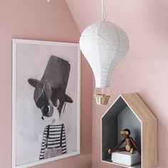 Today is the exciting day where a lot of our spring news are landing  can't wait! Beautiful styling here by Swedish @houseno31  #kidsdecor #kidsinspo #camcam #barnrumsinspo #børneværelse
