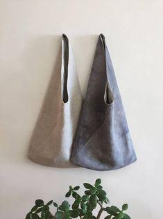 Gray hobo eco-bag of 100% linen.  US$37 #hobo #canvashobo #ecofriendly #ecobag #bayhobo #bag