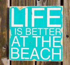 Ga je naar het strand dit weekend, dan vind je hieronder een paar nieuwe of altijd gezellige strandtenten waar je voor een lekkere cocktail of goed eten even kunt afkoelen! 1. Ubuntu  Zandvoort www.ubuntubeach.nl 2. De Pit  s Gravenzande www.strandtentdepit.com 3. Whoosah  Scheveningen www.whoosah.nl