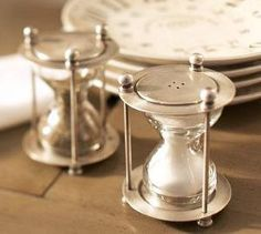 I feel like I MUST HAVE these hourglass Salt and Pepper shakers