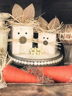 It's almost spring which signifies that it's nearly Easter. That signifies that it's time to begin interested in your DIY Easter decorations. Spring Projects, Easter Projects, Spring Crafts, Holiday Crafts, Easter Ideas, Diy Projects, Crafts To Sell, Diy Crafts, Easter Crafts For Adults