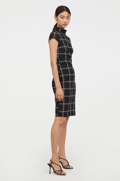 Crêped Dress - Black - Ladies   H M ... 4383d83797
